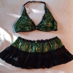 Frederick's of Hollywood  Lingerie (black & green)